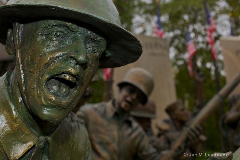 Soldier and Sailor Memorial in Bronze