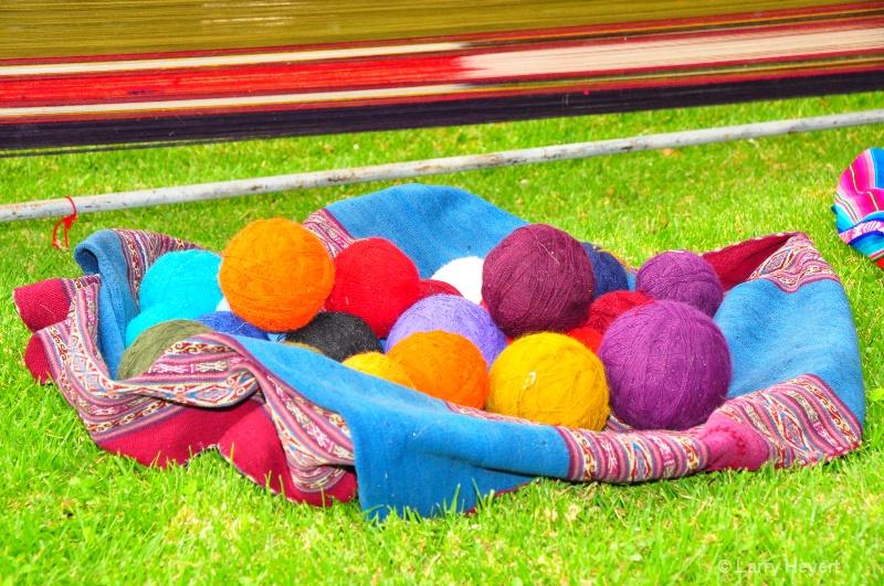 Yarn for Peruvian weavers in Urubamba Valley