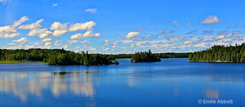 Ontario provence of thousands of lakes