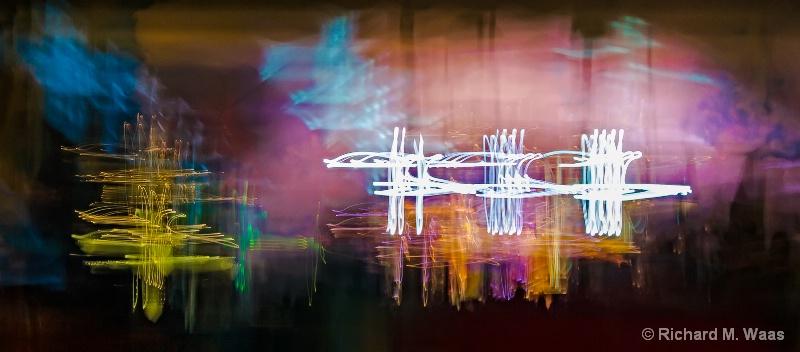 Oscillating Colors