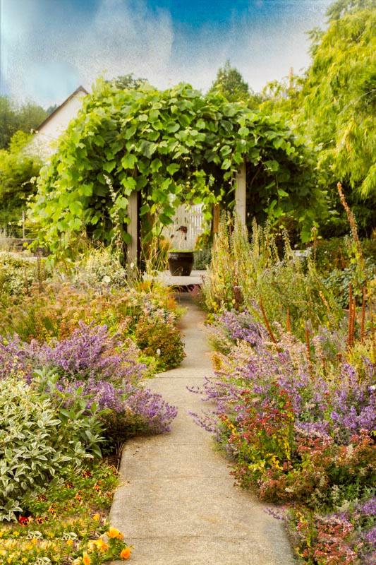 The Romantic Garden - Hatley House