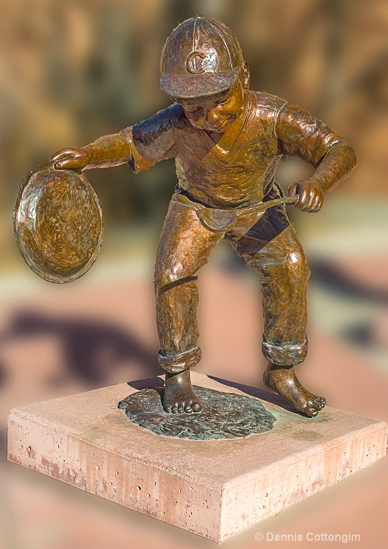 Sculpture 5 in Pueblo, Colorado