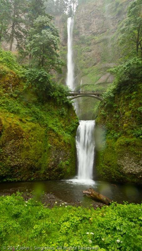 Multmomah Falls, Columbia River Gorge, Oregon