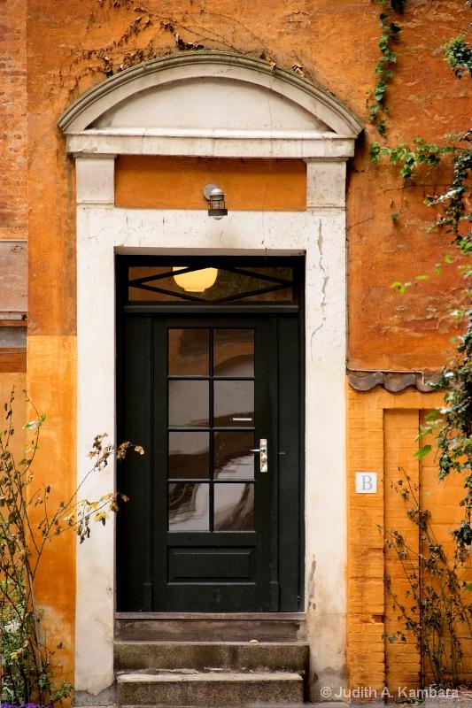 Copenhagen doorway