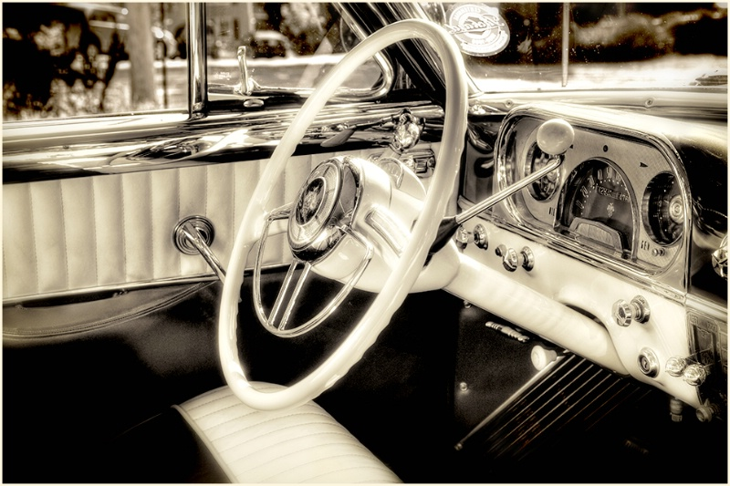 The world from inside a '54 Packard