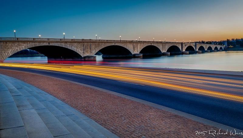 Streaking at the Arlington Bridge