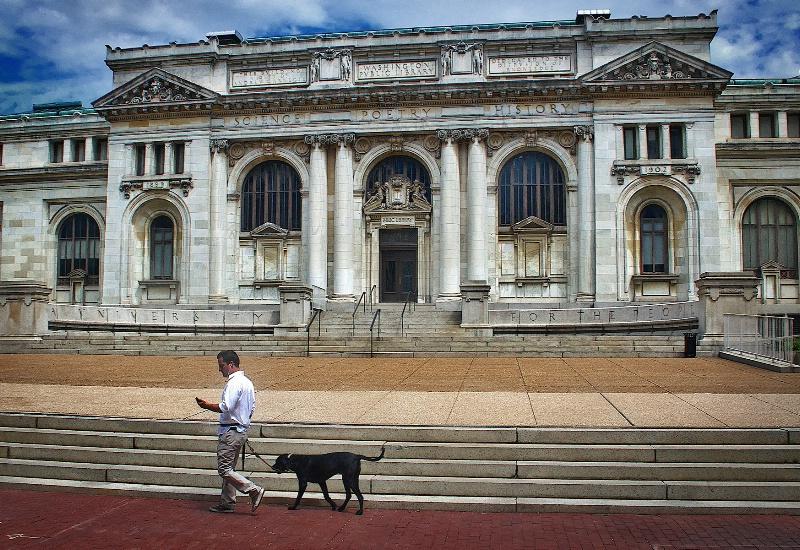 Washington Library and Pedestrian
