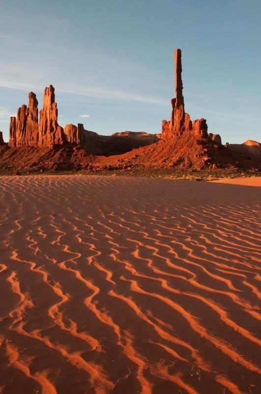 hmmv Sunrise Sand Dunes Totem Pole-0708-1