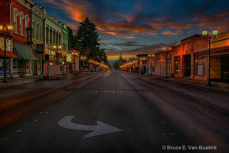 downtown Lakeport