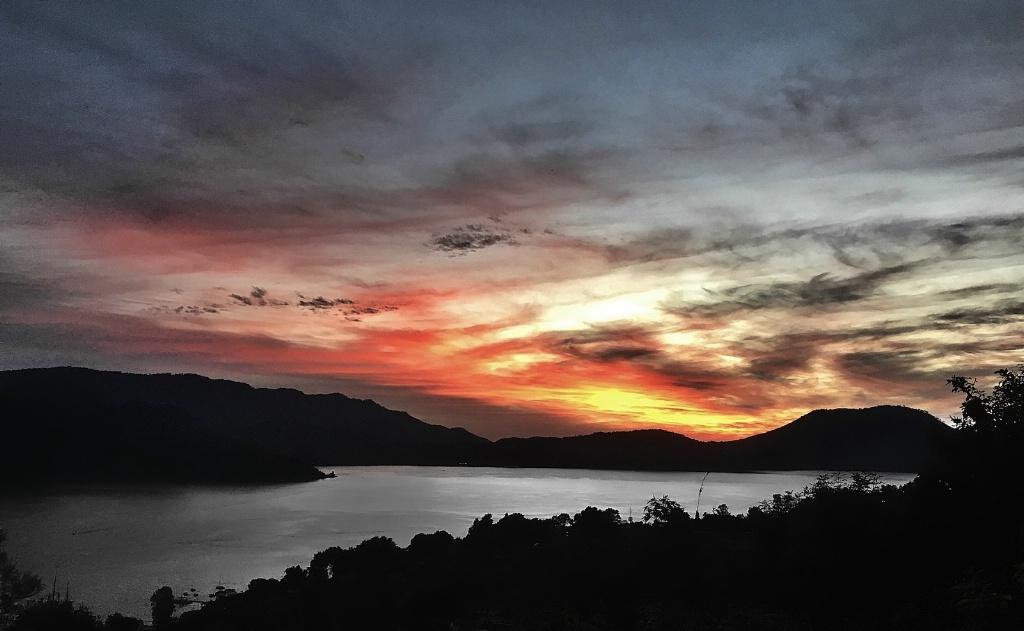 Valle de Bravo Sunset 2