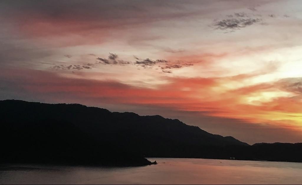 Valle de Bravo  Sunset