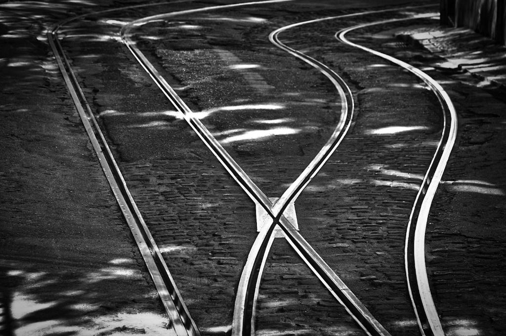 Crossing rail lines 2