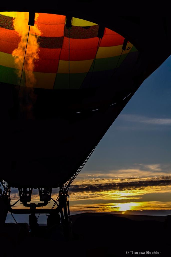 Dawn Breaking - Readying Balloon