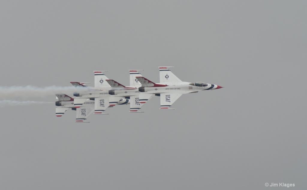 Thunderbirds Four Ship Pass
