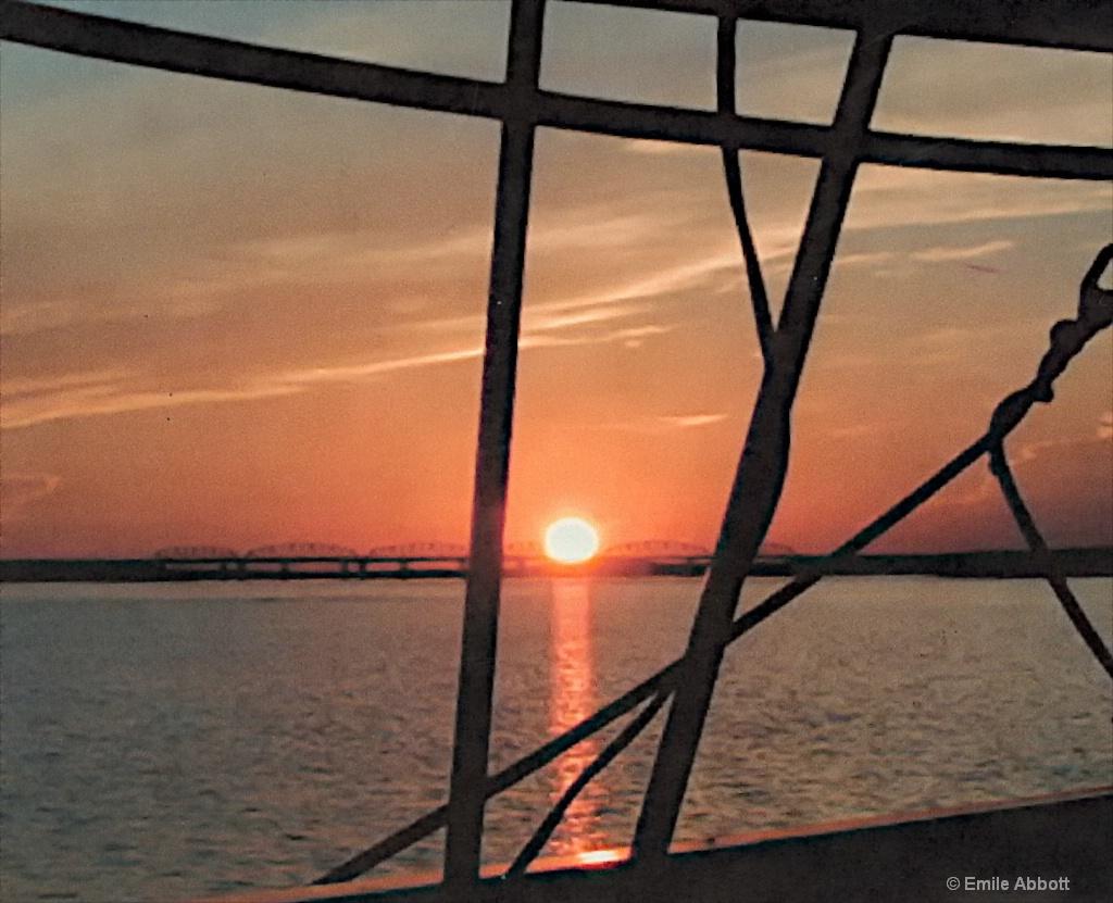 Sunset Lake Amistad