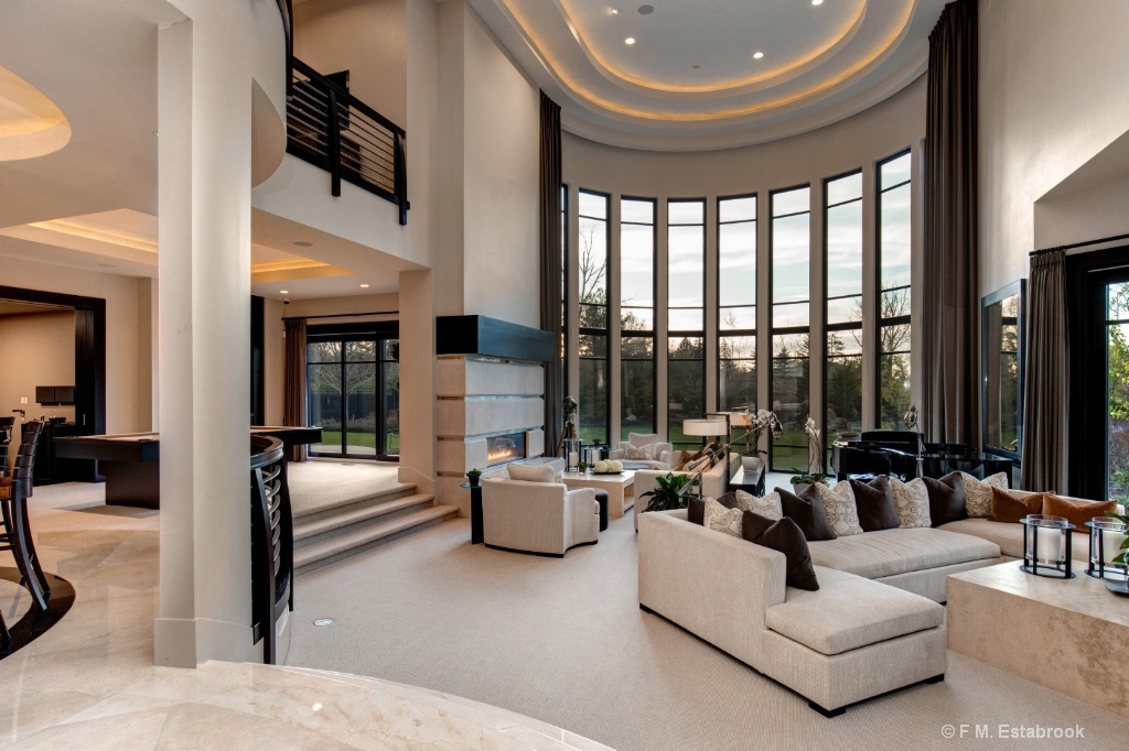 Real Estate 2018 342