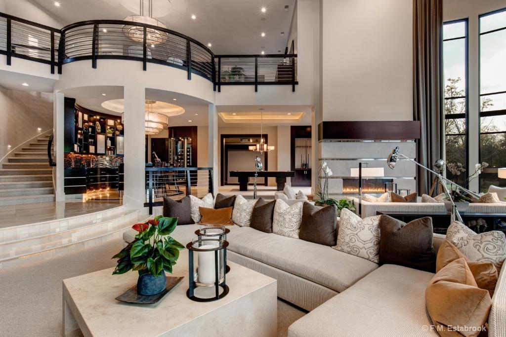 Real Estate 2018 366