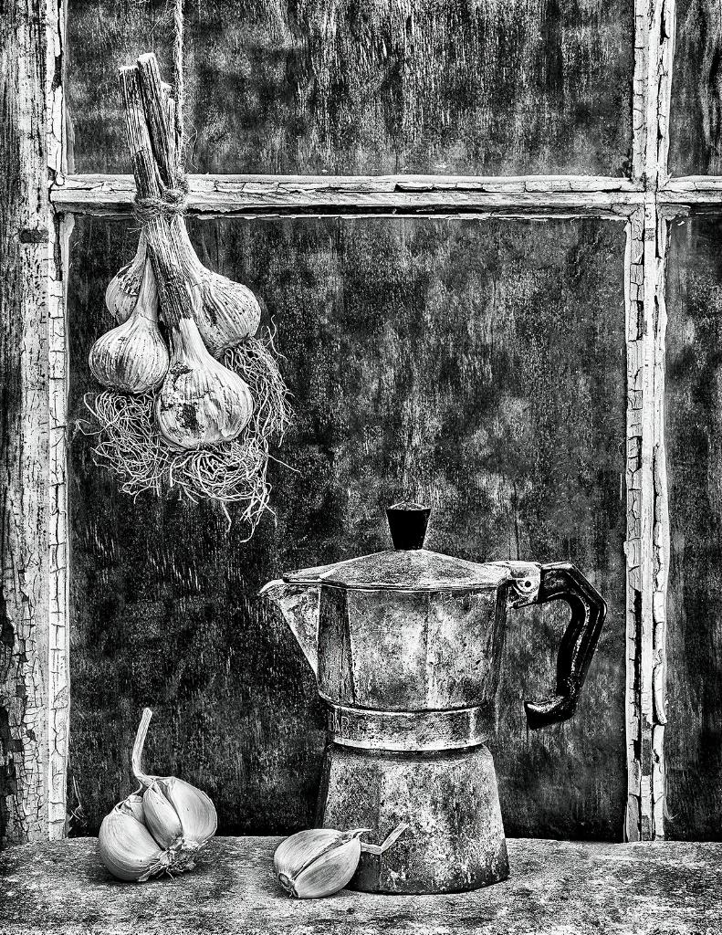 Garlic and Tea Pot