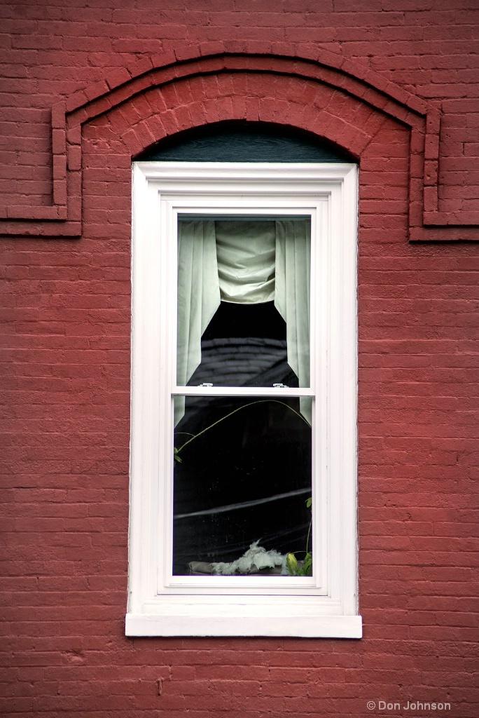 Staunton Window 3-0 F LR 6-23-18 J414