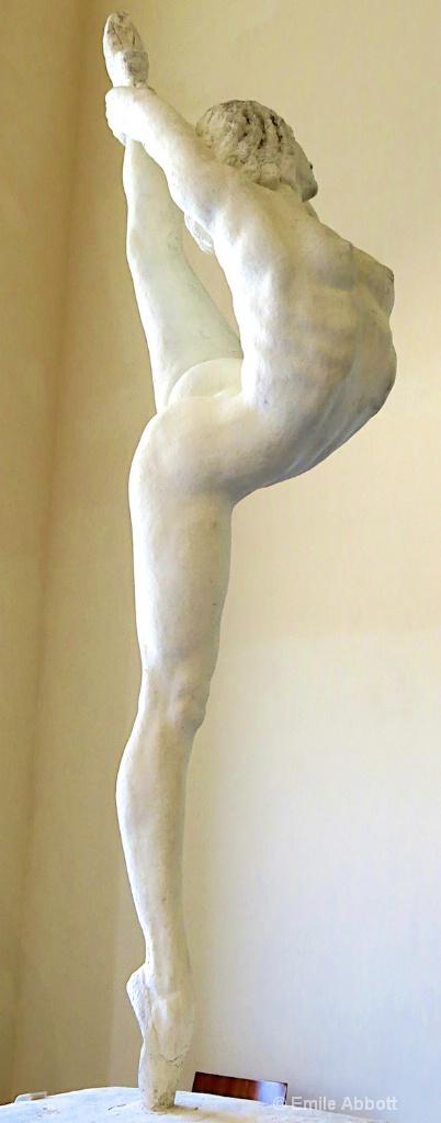 The Dancer Sacha-Lyo