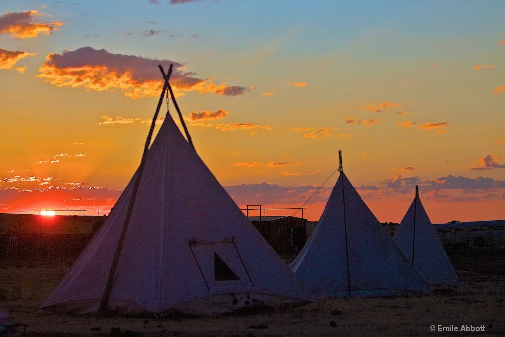 Dawn at the 06 ranch