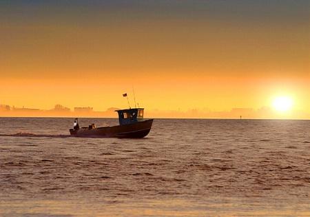 Srimpboat Sunrise
