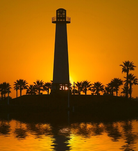 *lighthouse /gold sunset*