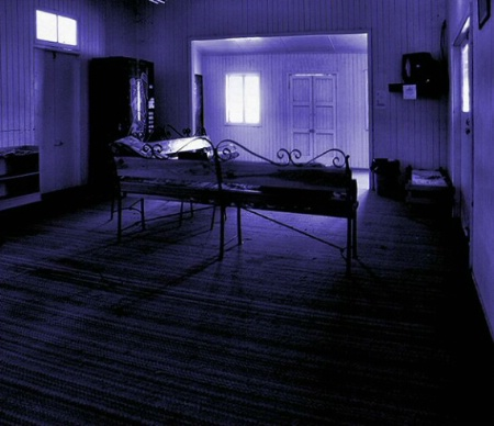 The blue room of yesterday