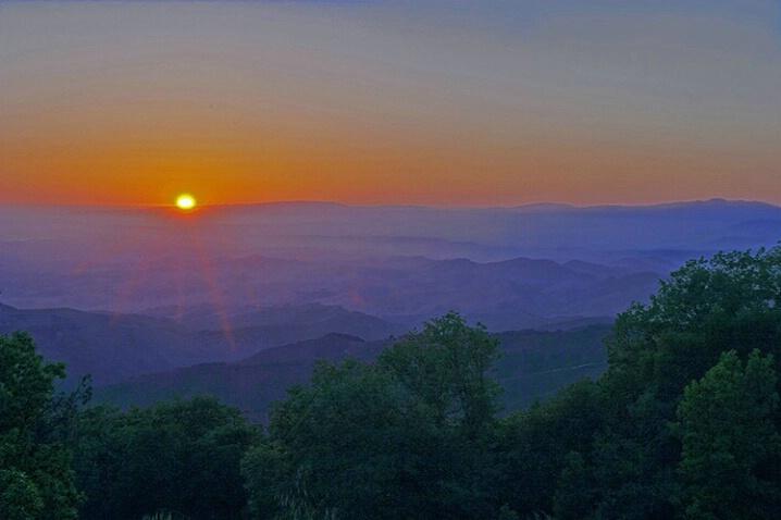 Sunrays of Fremont Peak