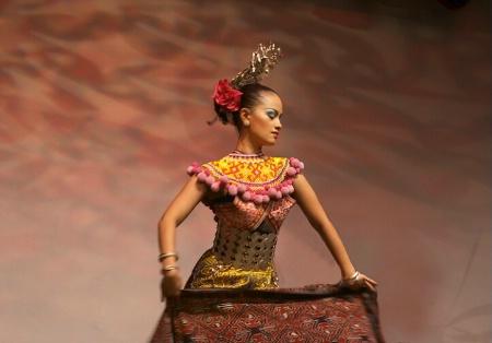 Beautiful Malaysian Dancer