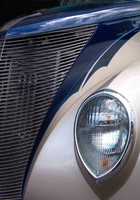 Headlight in silver/blue