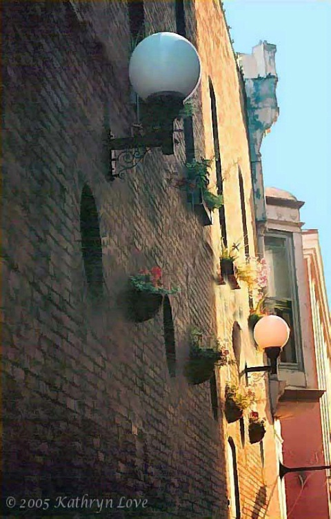 charming alleyway 1