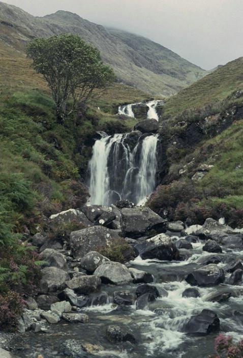 Waterfall on Skye - ID: 1135480 © Nora Odendahl
