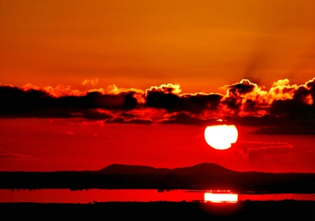 Extinct volcanoes of Lake Corangamite