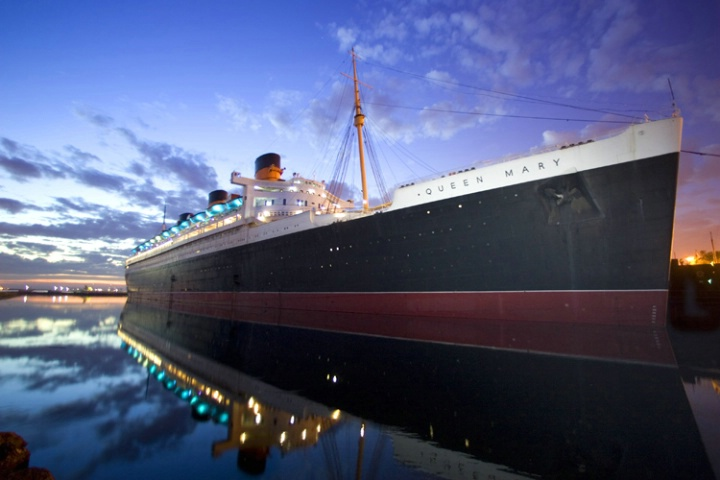 QUEEN MARY AT SUNRISE