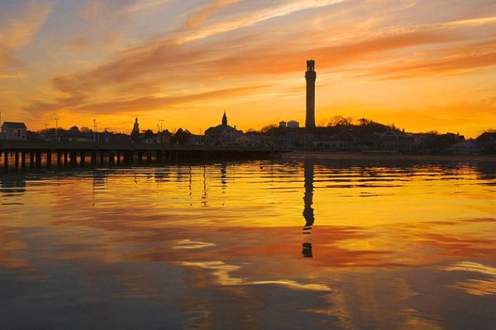 Monument Sunset - ID: 2366732 © Jeff Lovinger