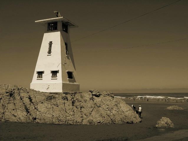 Casablanca Lighthouse - ID: 3325127 © Nichole Gonzalez