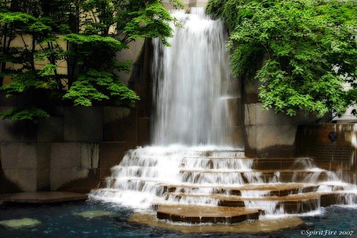 Thomas K. Polk  Memorial Falls 2