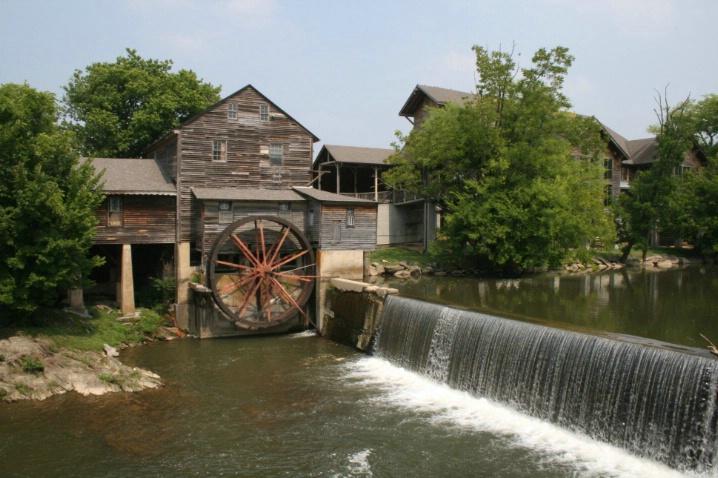 Old Mill 4 - ID: 4381346 © Lisa R. Buffington