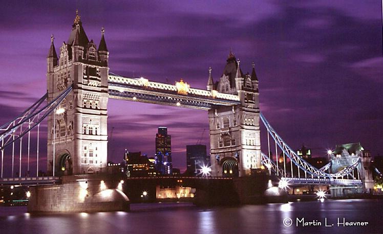 Tower Bridge at Night, London - ID: 4766396 © Martin L. Heavner
