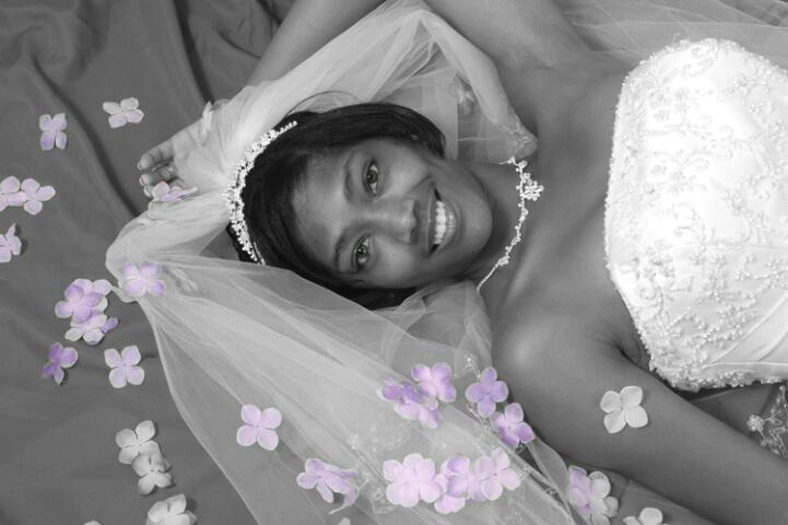 Bride W/ purple pedals