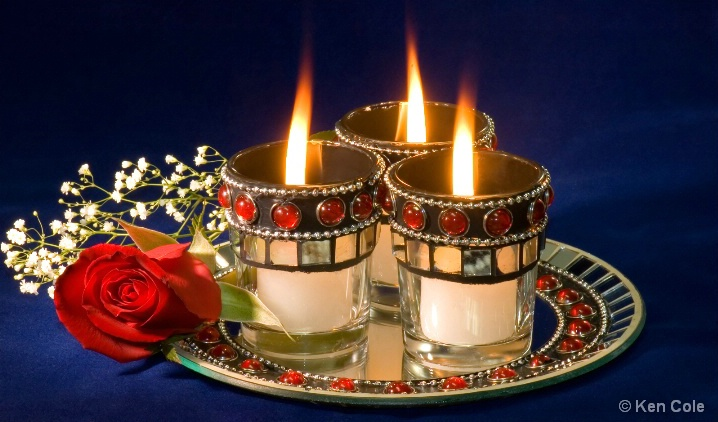 Candlelight and roses - ID: 5370297 © Ken Cole