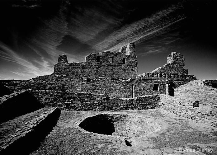 abo_ruins - ID: 5426927 © Denise Bierley