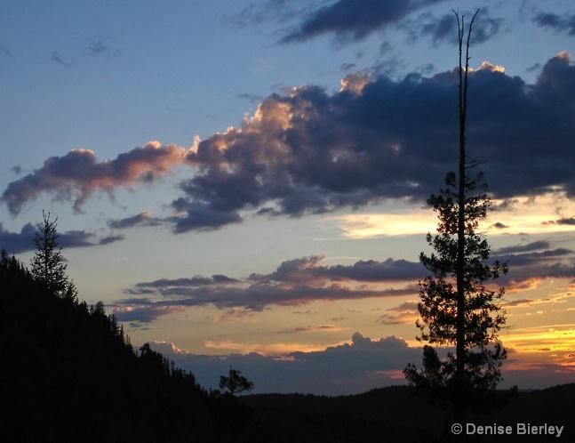 jemez_sunset - ID: 5511313 © Denise Bierley