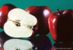apples_on_glass