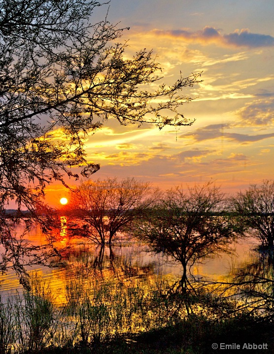Sunset on Amistad  - ID: 5698429 © Emile Abbott