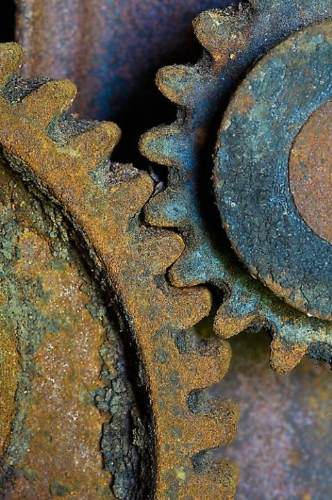 Rusty Gears - ID: 6117420 © Dreaming Tree Galleries