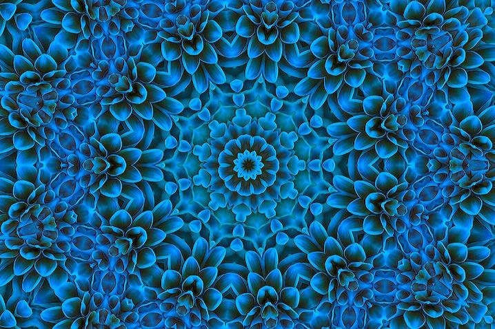 BLUE - ID: 6232603 © Debbie Hartley