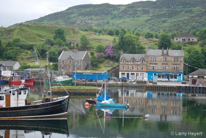 Scotland- Tarbert - ID: 6378605 © Larry Heyert