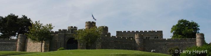 Scotland- Dryburgh Castle - ID: 6380043 © Larry Heyert